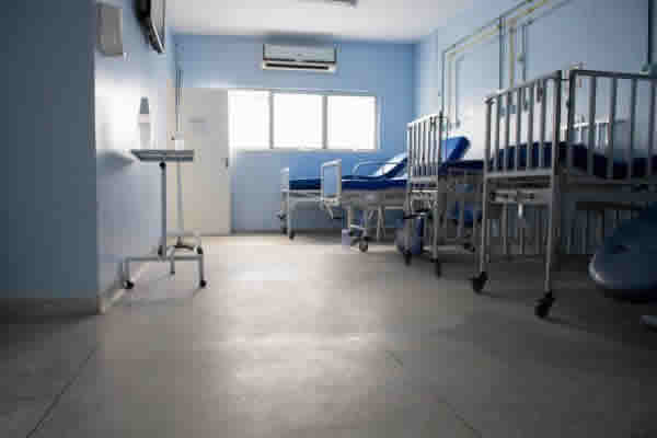 A acomodação enfermaria é mais em conta no plano de saúde?